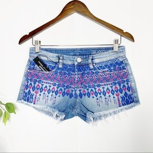 BLANK NYC Little Queenie Boho Embroidered Shorts